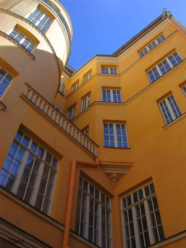 "photo ""House of Yellow dreams"" tags: architecture, landscape,"