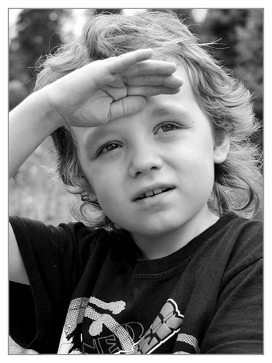 "photo ""Denis"" tags: portrait, black&white, children"