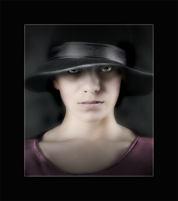"photo ""IN THE HAT"" tags: portrait, woman"