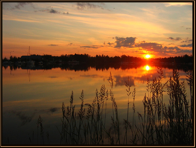 "photo ""Warm white night"" tags: landscape, sunset, water"