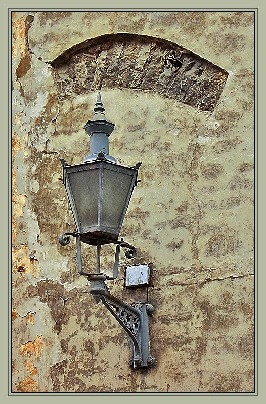 "photo ""Time of old lantern"" tags: travel, genre, Europe"