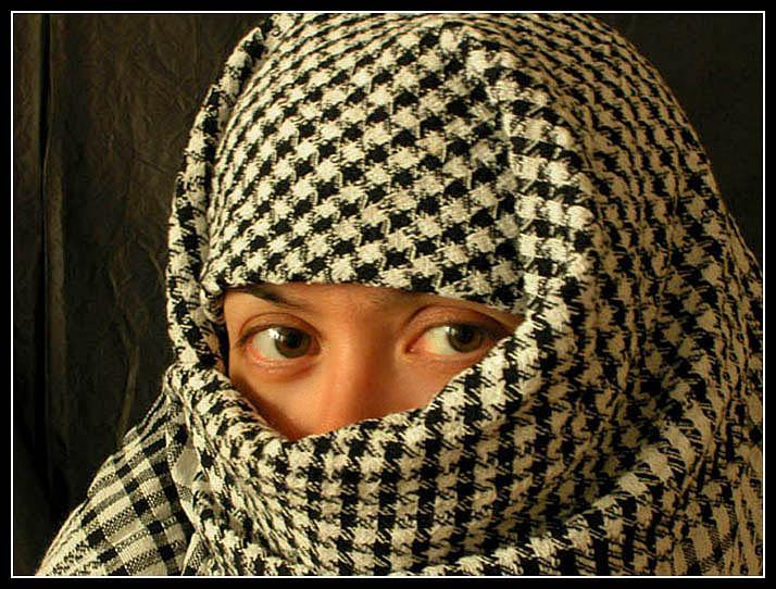 "photo ""Arabian motive"" tags: portrait, travel, Asia, woman"