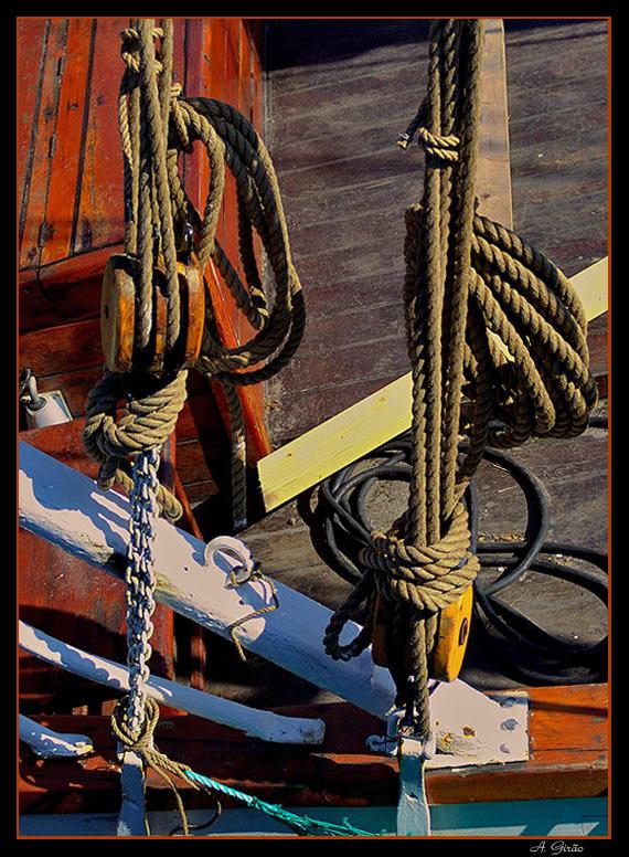 """photo """"Ropes"""" tags: still life, misc.,"""