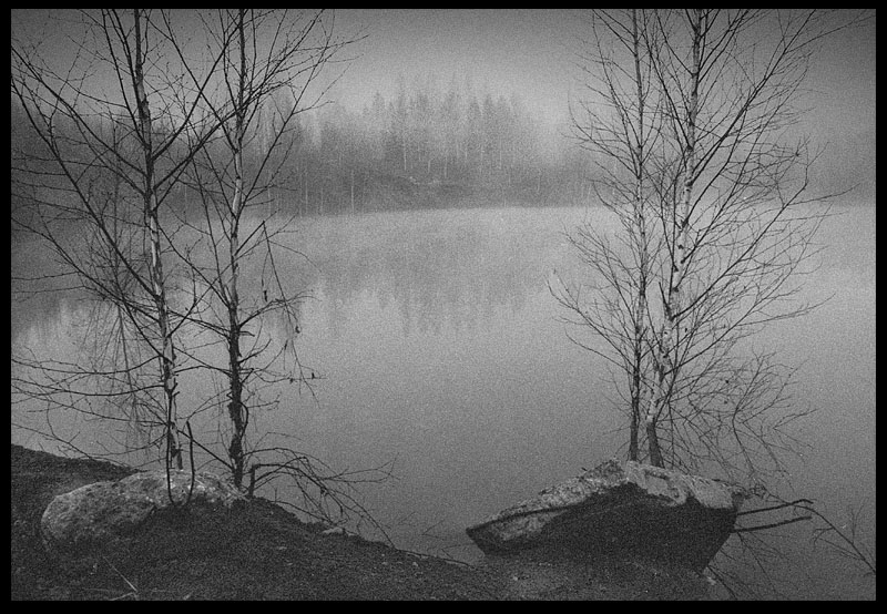 """photo """"Untitled photo"""" tags: black&white, landscape, sunset"""