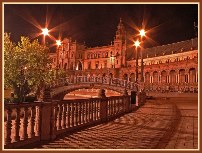 "photo ""Seat of Spain"" tags: architecture, landscape, night"