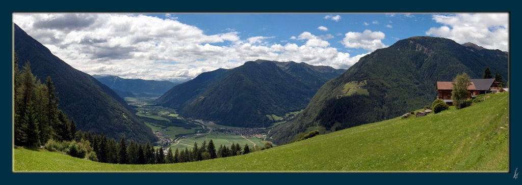 "photo ""ahr valley"" tags: misc.,"