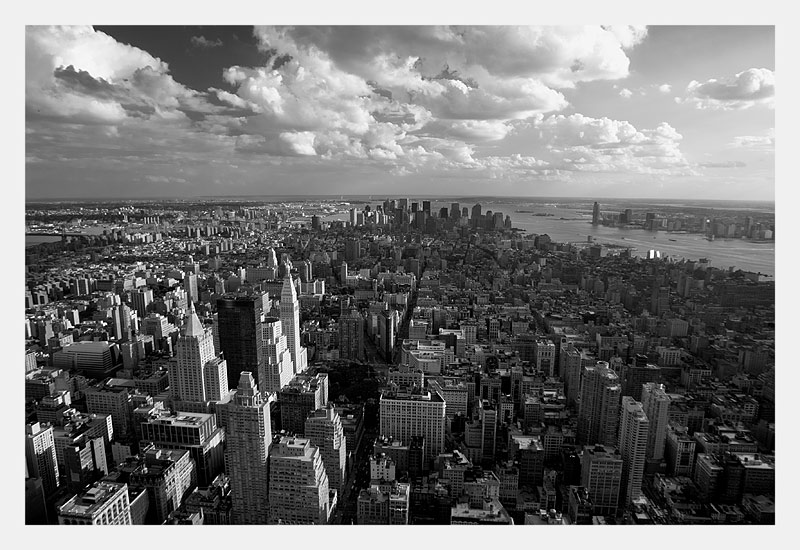 "photo ""New York, New York"" tags: black&white, architecture, landscape,"
