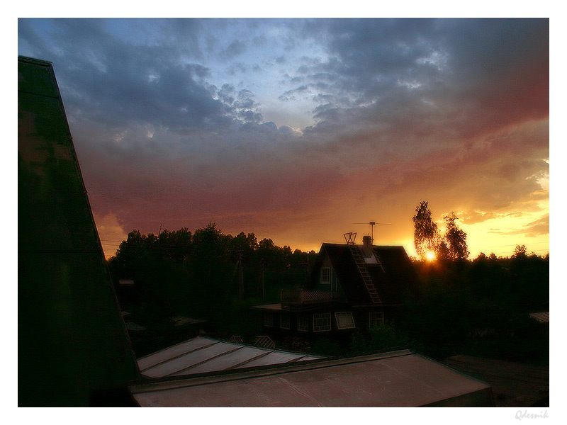 "photo ""Roofs"" tags: landscape, sunset"