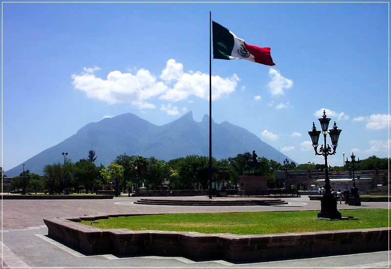 "photo ""¡VIVE MEXICO!"" tags: travel, landscape, North America, mountains"