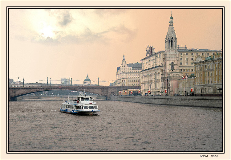 "photo ""Moscow River"" tags: architecture, landscape,"