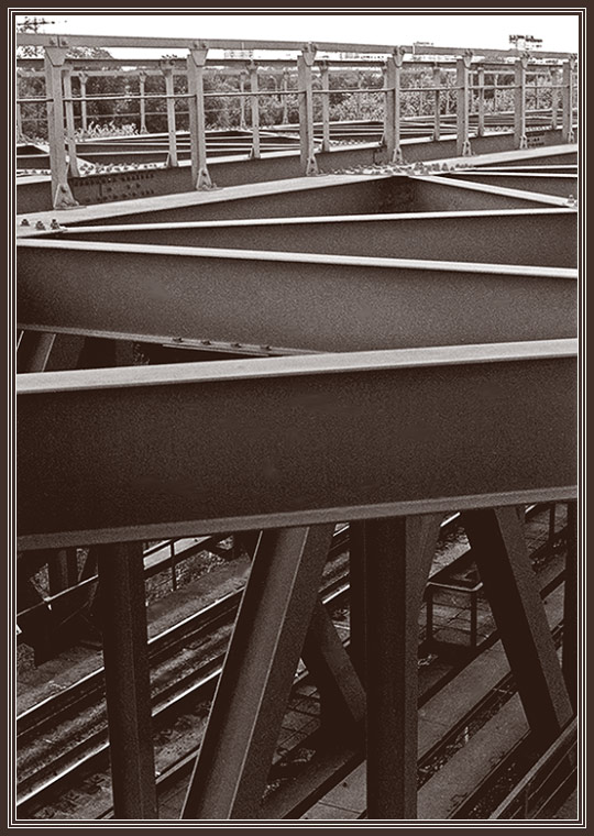 "photo ""The bridge, rails"" tags: landscape, black&white,"