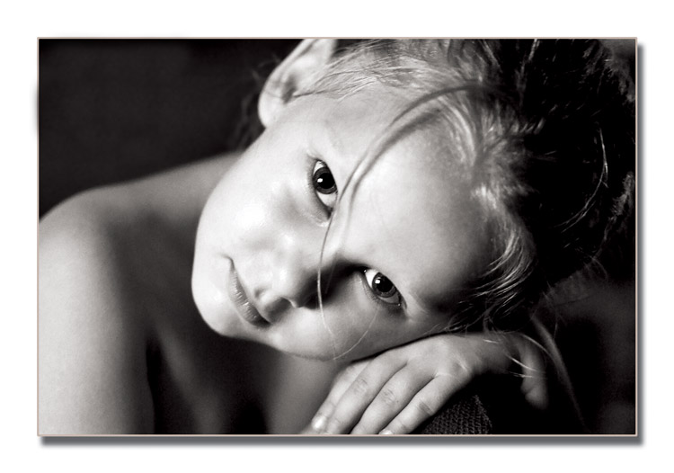 "photo ""Natali#2"" tags: portrait, black&white, children"