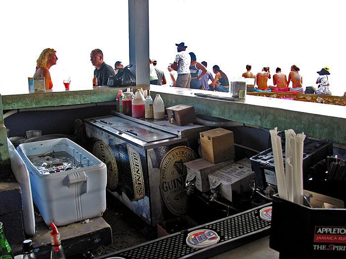 "фото ""A Caribbean bar in the sun"" метки: разное, путешествия,"