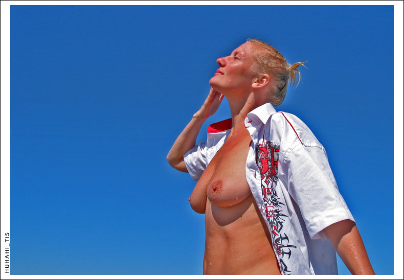 "photo ""sun wind"" tags: nude,"