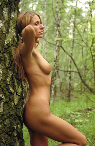 """photo """"lines and curvatures"""" tags: nude, portrait, woman"""