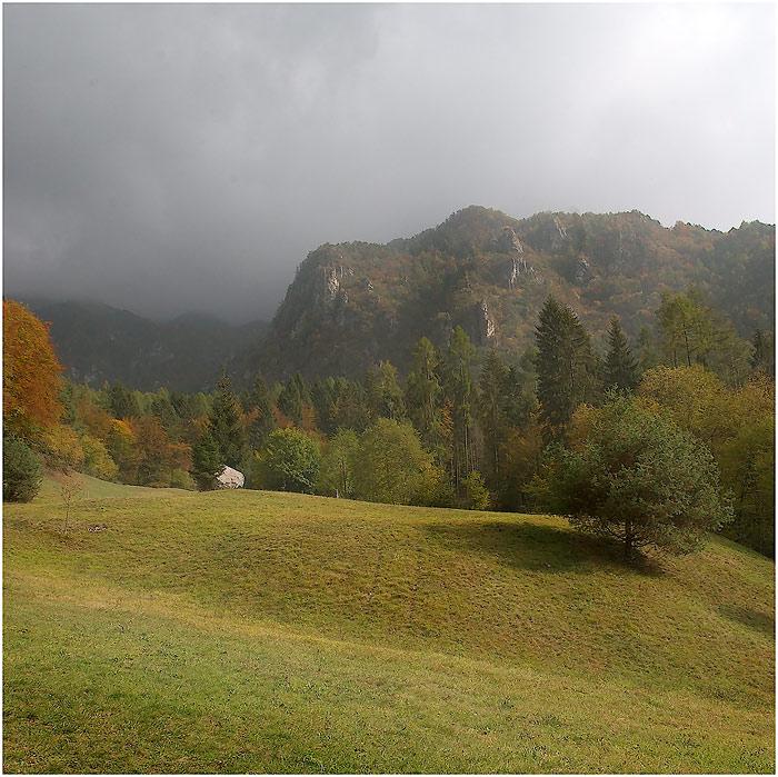 """photo """"Foggy landscape"""" tags: landscape, autumn"""