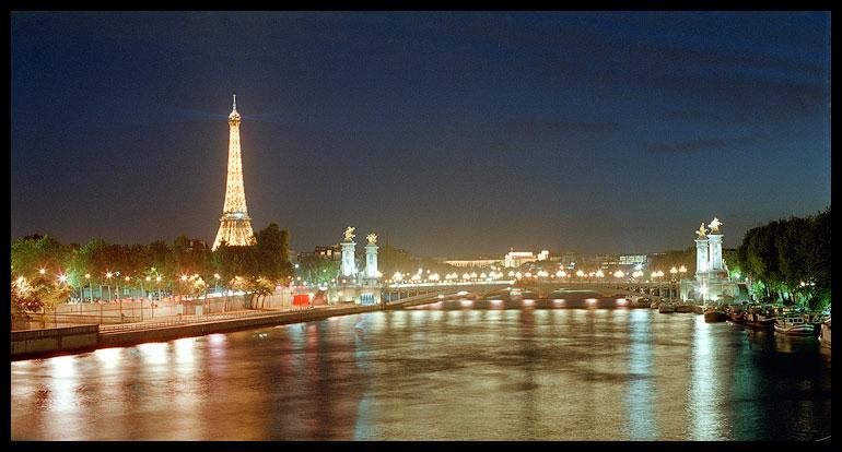 "photo ""pari"" tags: architecture, travel, landscape, Europe"