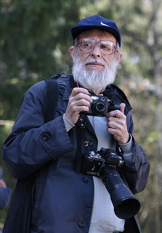 "photo ""The photographer"" tags: portrait, man"