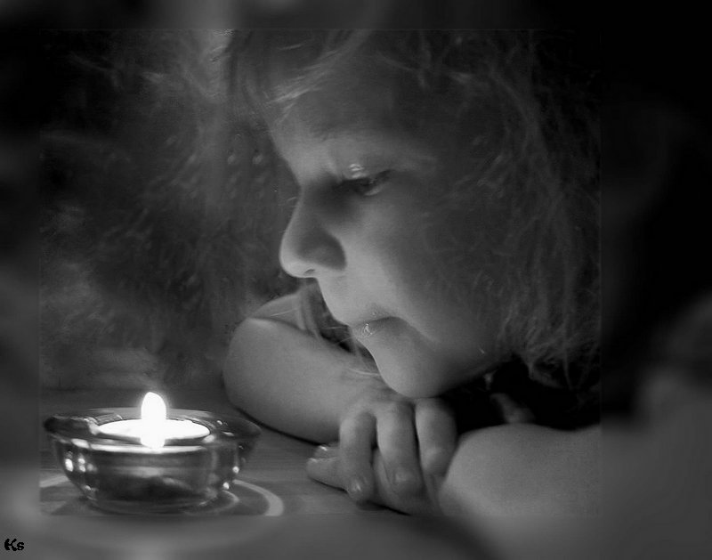 "photo ""The Magic Of Fire"" tags: portrait, black&white, children"