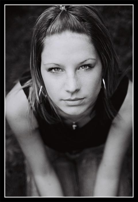 "photo ""Barbarela"" tags: black&white, portrait, woman"