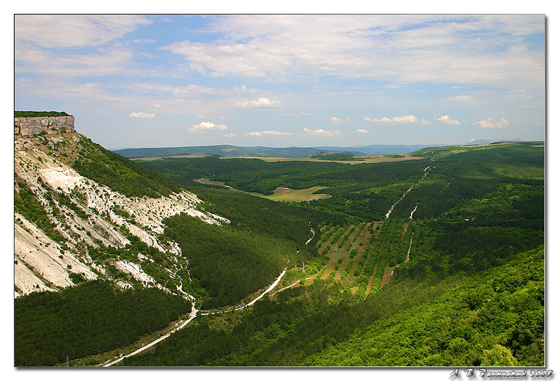 "photo ""The review from plateau Chufut-Kale."" tags: travel, landscape, mountains"
