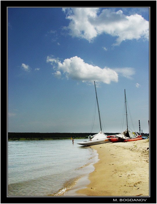 "photo ""The Beach"" tags: landscape, clouds, water"