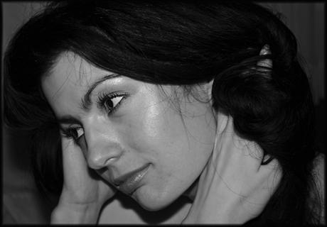 "photo ""She"" tags: portrait, black&white, woman"