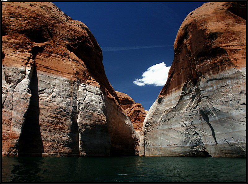 "photo ""Lake Powell, Arizona (3)"" tags: landscape, mountains"