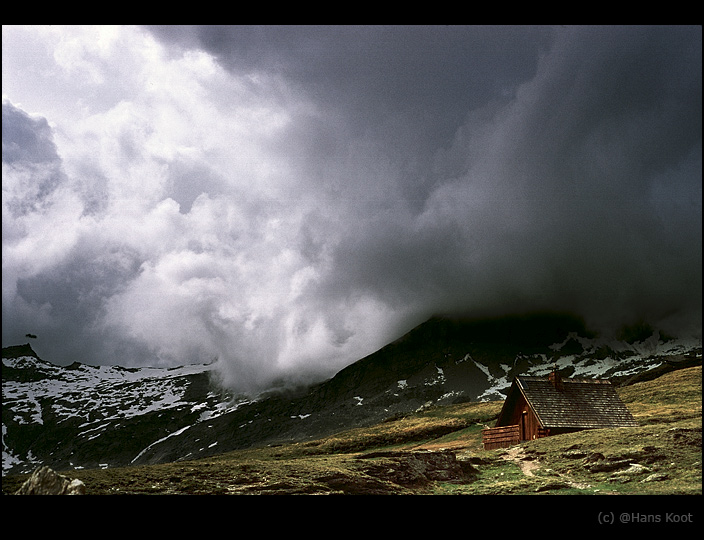 """photo """"La Dente Parrachee II"""" tags: landscape, clouds, mountains"""