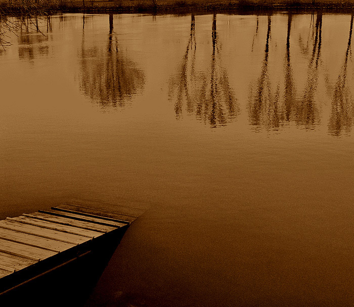 "photo ""Untitled photo"" tags: landscape, autumn, water"