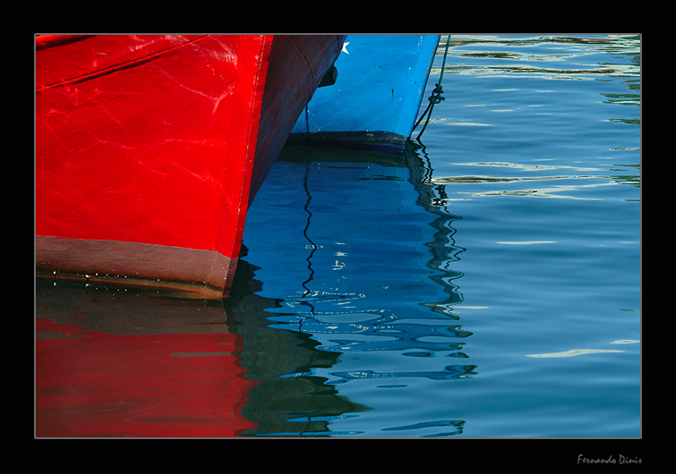"photo ""Red and blue"" tags: landscape, water"