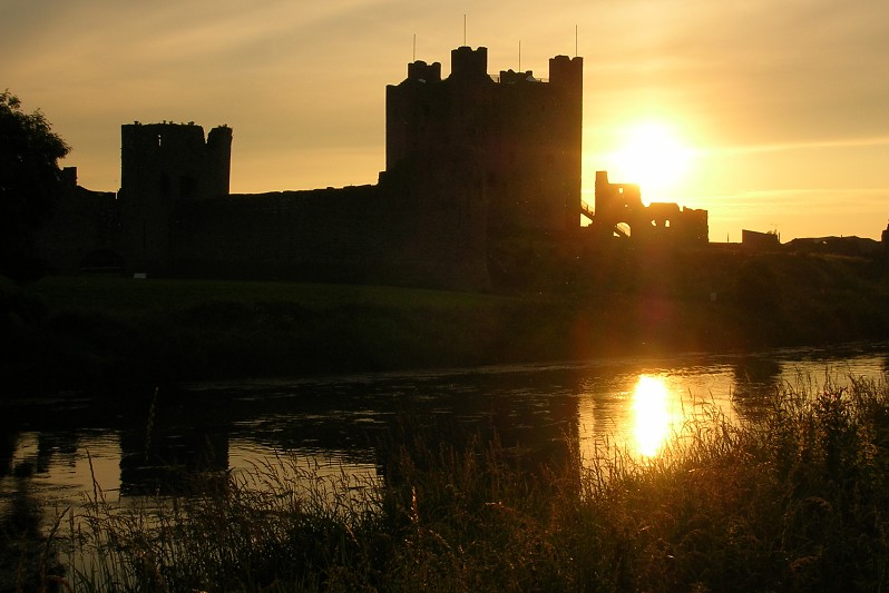 "photo ""Trim Castle"" tags: architecture, travel, landscape, Europe"