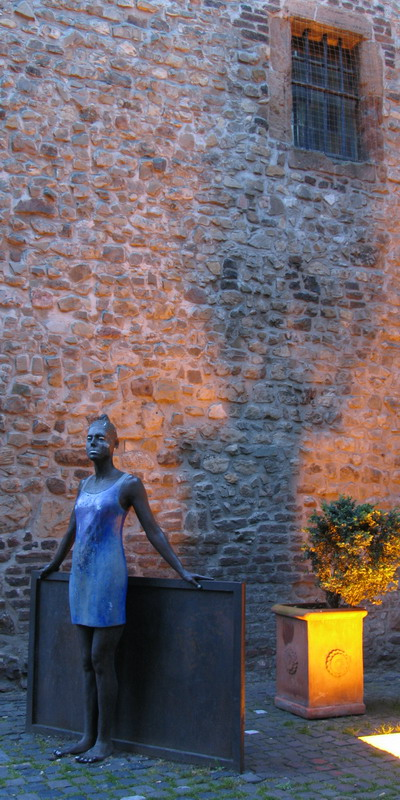 "photo ""Witch tower"" tags: travel, portrait, Europe, woman"
