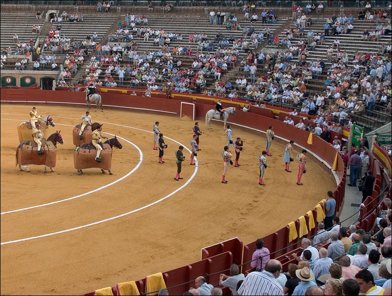 "photo ""Corrida. The Beginning."" tags: travel, genre, Europe"