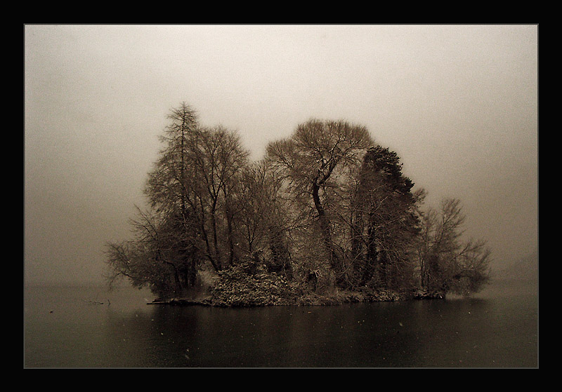 "photo ""Ghost Island"" tags: landscape, winter"