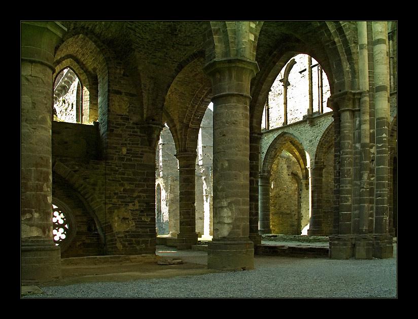 """фото """"Руины старого аббатства-6"""" метки: путешествия, архитектура, пейзаж, Европа"""