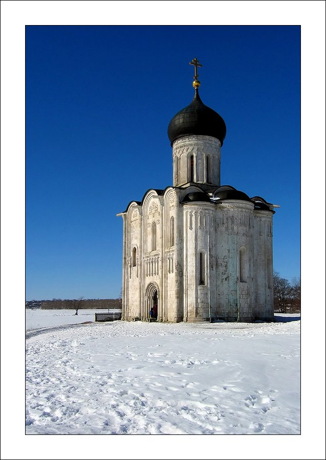 "photo ""The Church of the Intersection on the river Nerl."" tags: architecture, landscape,"