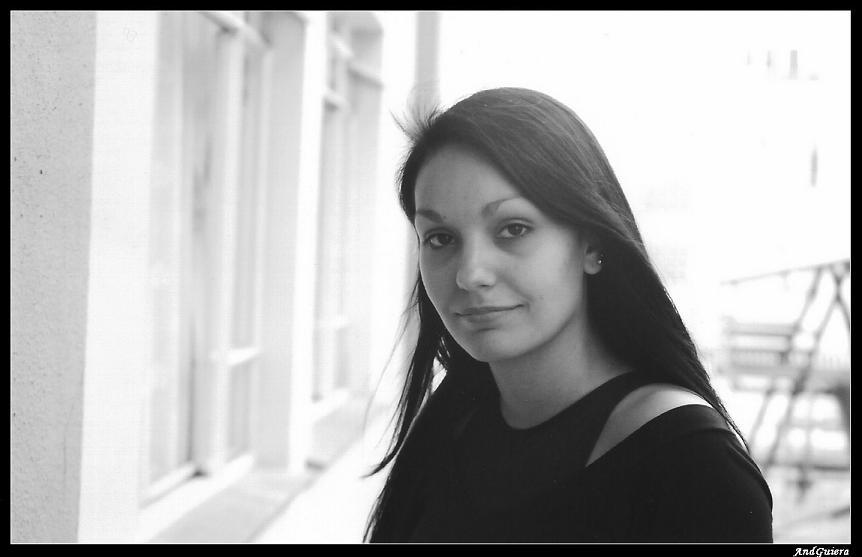 "photo ""****"" tags: portrait, black&white, woman"