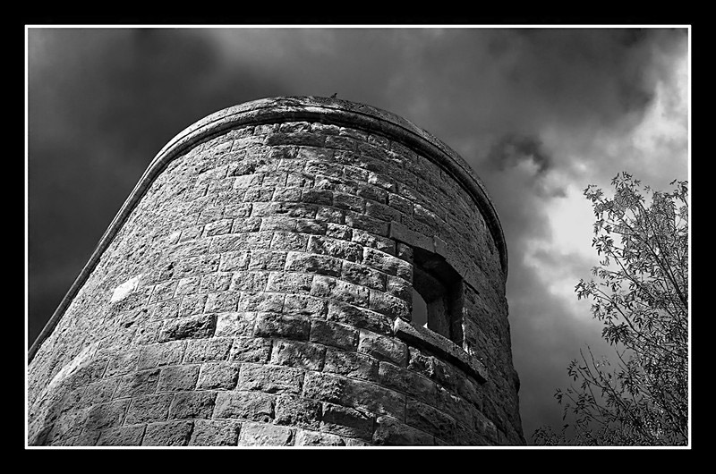 "photo ""Tower"" tags: travel, black&white, Asia"