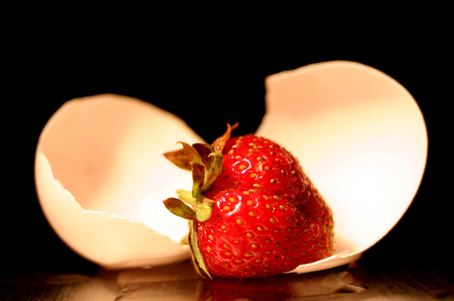 "photo ""Birth of a strawberry"" tags: macro and close-up,"
