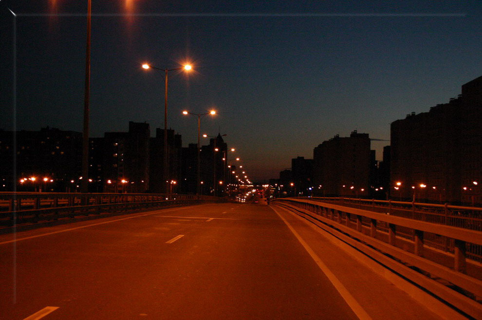 "photo ""On night city"" tags: misc.,"