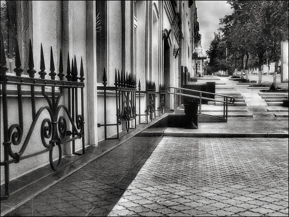 "photo ""Moskovskaya st."" tags: genre, black&white,"
