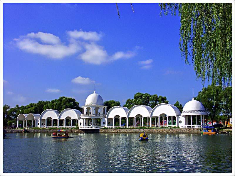 "photo ""Harbin SunLake"" tags: landscape, architecture, summer"