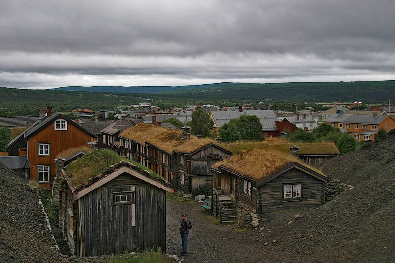 "photo ""Roros - old poor Norwegean town"" tags: travel, Europe"