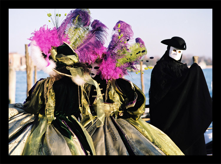 "photo ""Venice carneval"" tags: travel, reporting, Europe"