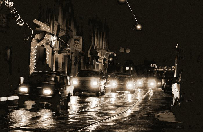 "photo ""Night. Street. Light"" tags: architecture, black&white, landscape,"
