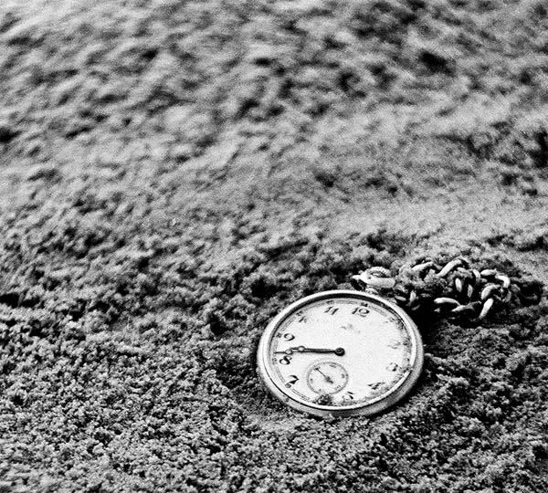 """photo """"the watch on sand"""" tags: still life,"""