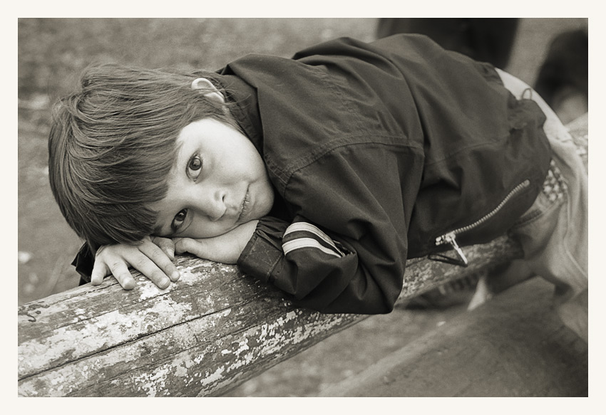 "photo ""Tired"" tags: portrait, genre, children"