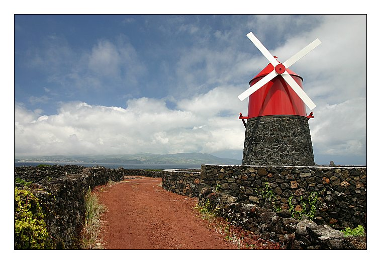 "photo ""Wind mill"" tags: landscape, travel, Europe, mountains"