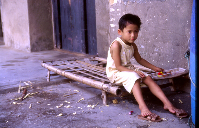 "photo ""old street's children"" tags: portrait, travel, Asia, children"
